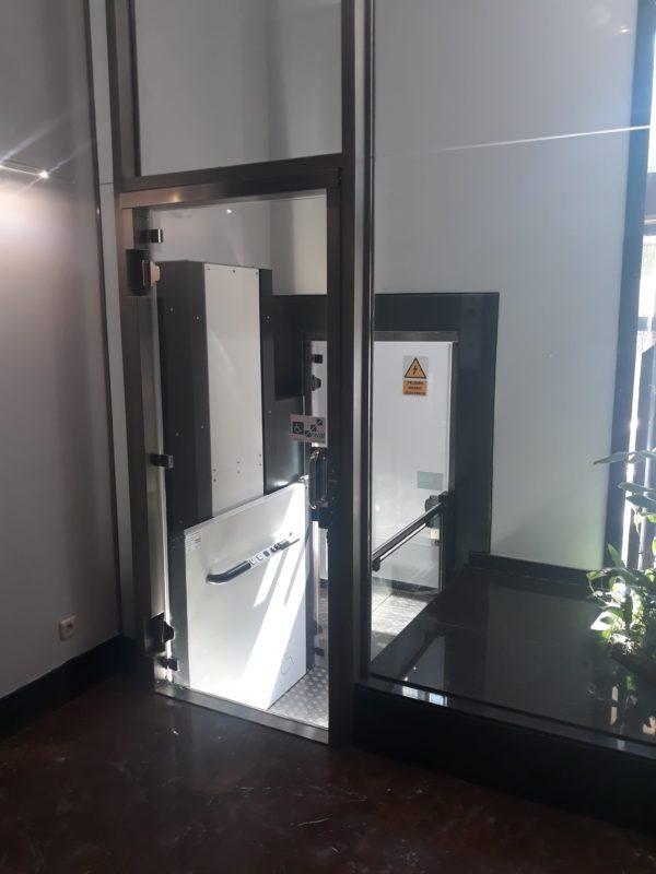 Plataforma elevadora Vertical SVK